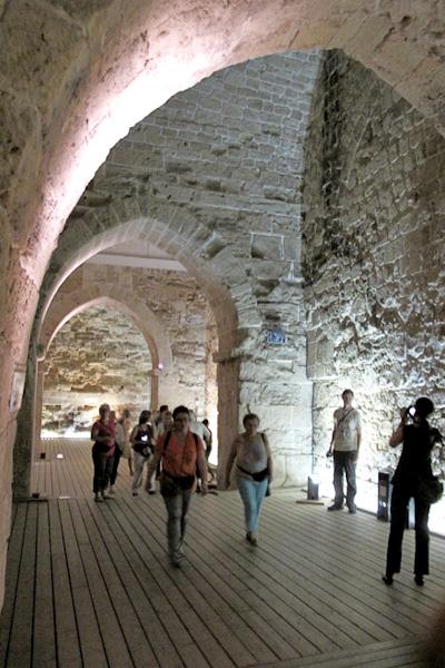 Israel-Cidade subterranea dos cruzados